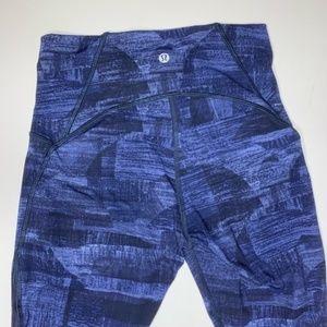 lululemon blue pattern crop leggings size 6